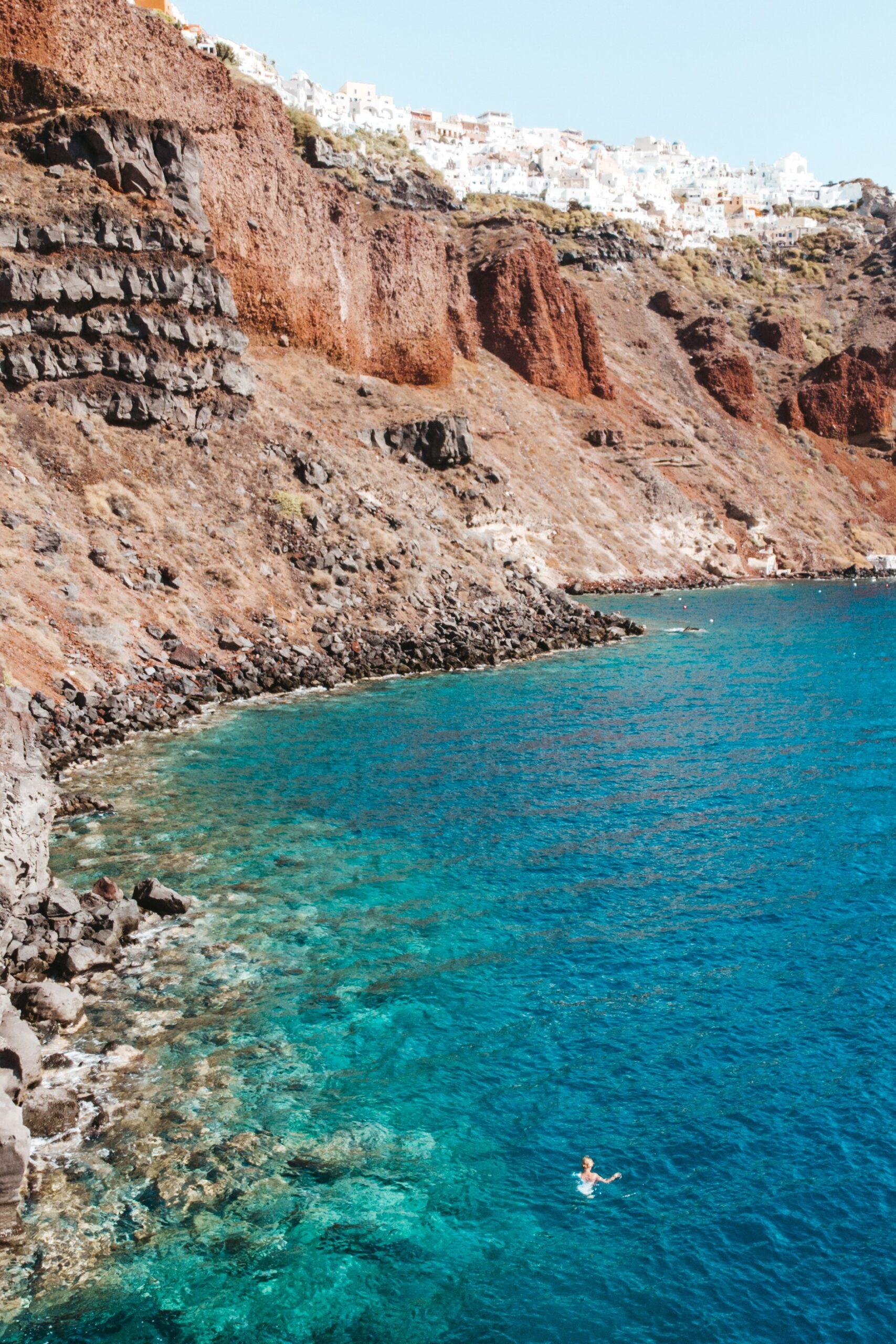 Oia drone photography, Oia Santorini z drona, caldera, kaldera