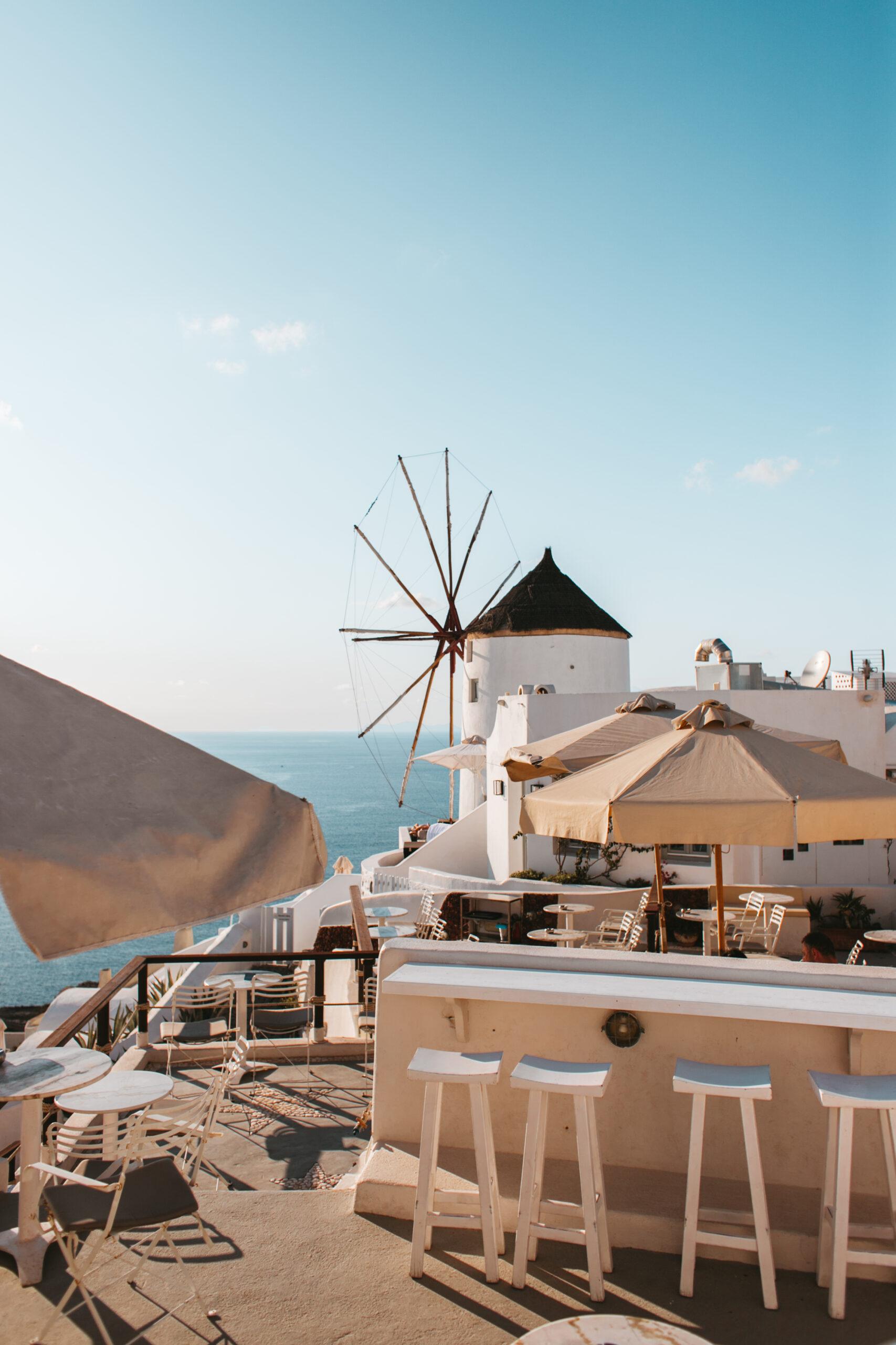 Oia wiatraki Santorini, restauracja w Santorini, kaldera, caldera , Santorini Tera