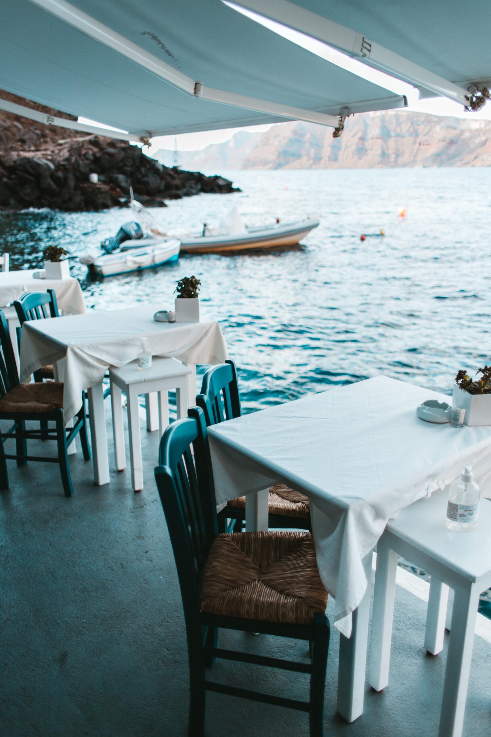 Ammoudi bay tawern, Oia Santorini