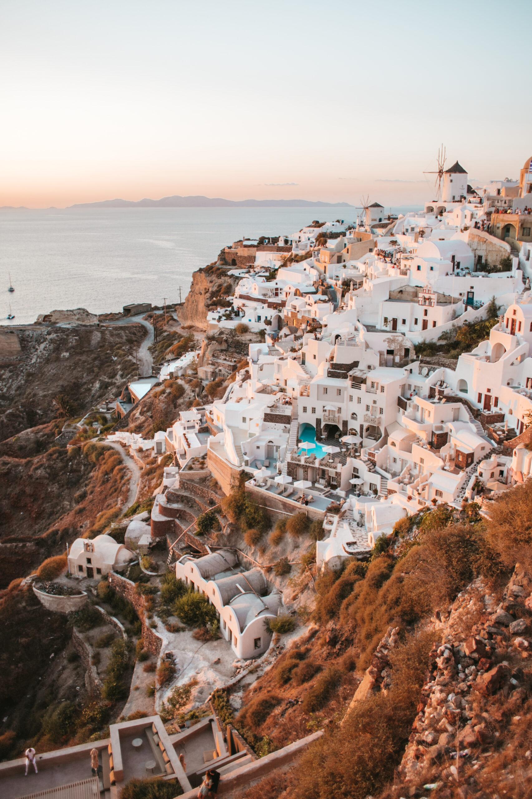 Oia zachód słońca, Santorini domki, domy w zachodzącym słońcu, pejzaż, widok