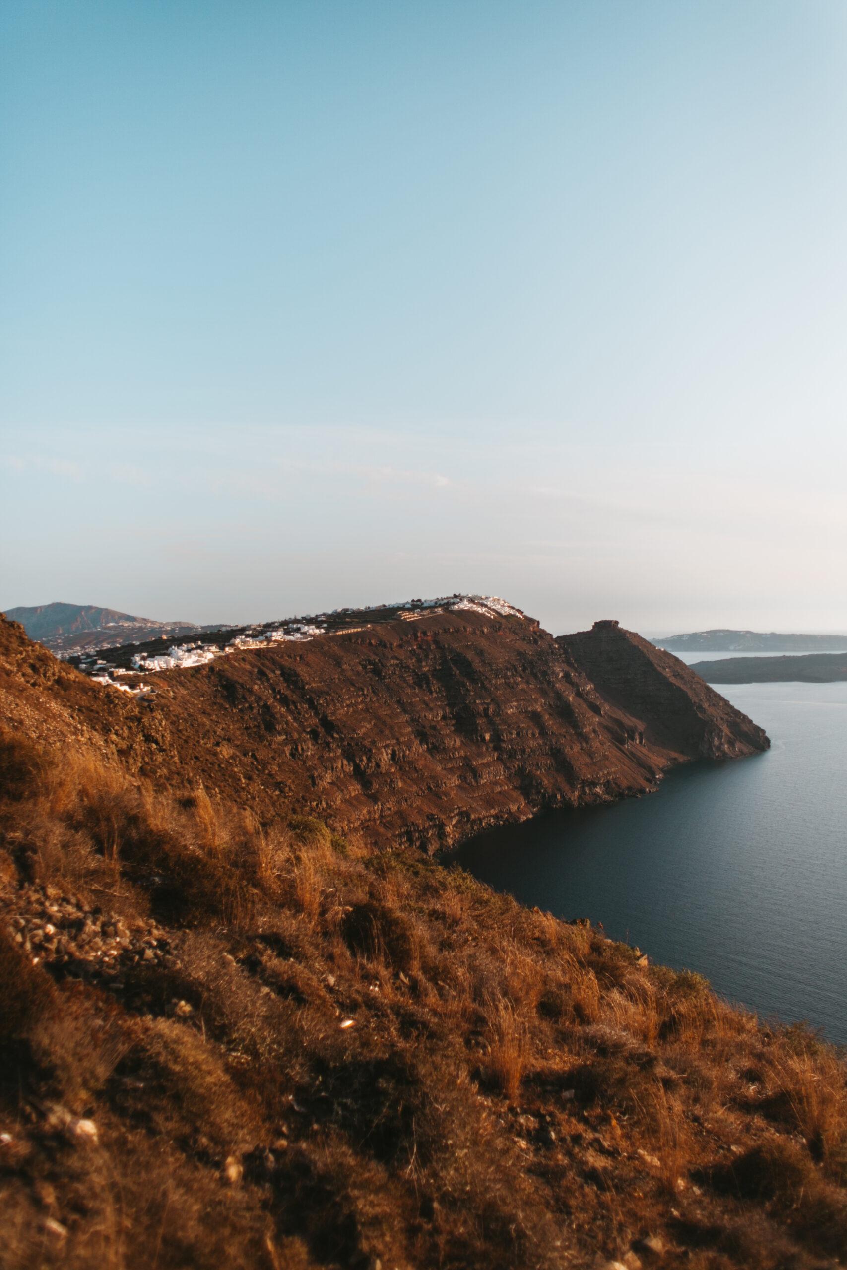 Widok na kalderę i Imerovigli, droga z Firy do Oii, trekking Santorini